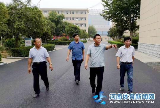 汝南县教育局检查城区学校新学期开学准备工作