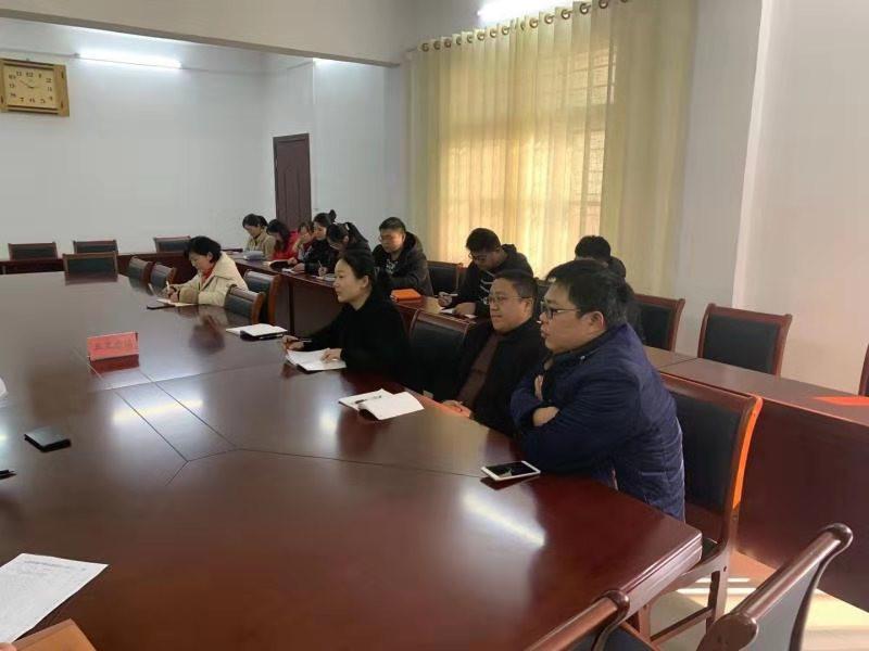 西峡县五里桥镇:扶贫宣传方兴未艾