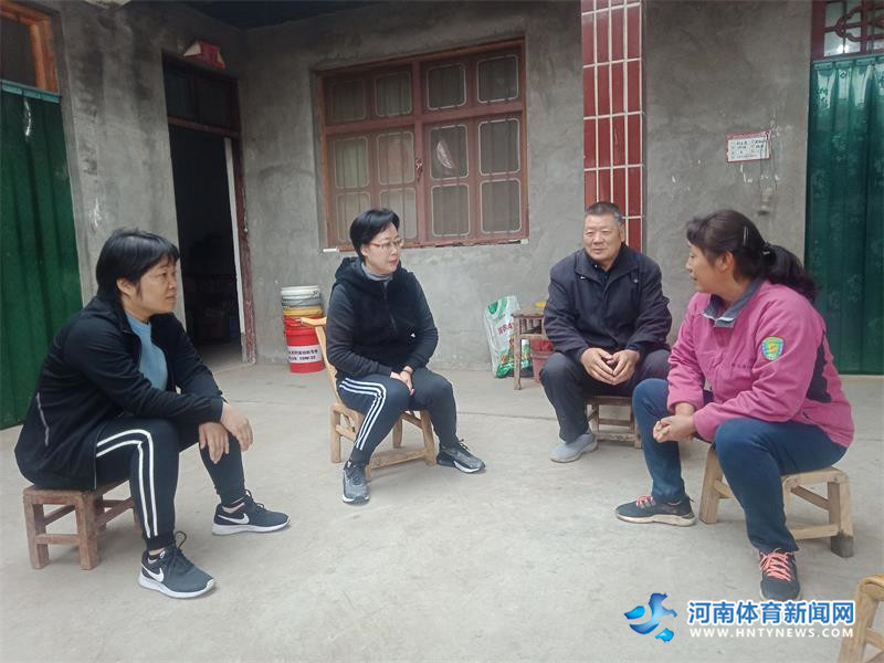 """济源示范区残联开展""""习习春风""""暖心活动"""