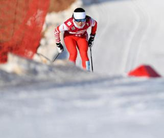 全国锦标赛:女子3公里爬坡(传统技术)赛况