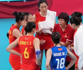 郎平惊讶中国队失利 古德蒂说赢在心态轻松